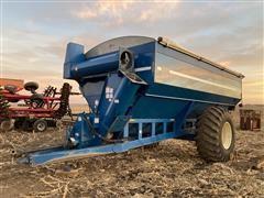 2002 Kinze 840 AW Grain Cart
