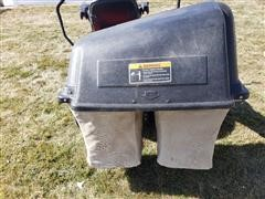 items/47c33e1b3f7feb118ced00155d42e7e6/2013snapper150zridinglawnmower_02b1b91f00404d679e364163ffda4f16.jpg