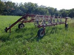 AGCO Hesston 3983 12-Wheel Rake