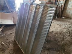 Gleaner R76 Combine Sieve Chaffer