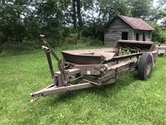 New Idea Antique Flail Style Manure Spreader