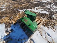 John Deere 740 Loader Mounts Off 7000 Series Tractor