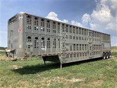 2003 Wilson PSDCL-402 Tri/A Silver Star Livestock Trailer