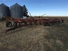 Wil-Rich 2900 12 Bottom On Land Plow
