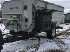 2002 Knight 3060 Reel Feeder Wagon