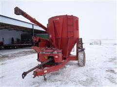 Case IH 1350 Grinder Mixer W/Scale