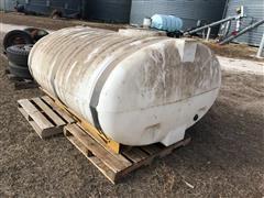 800 Gallon Poly Sprayer Tank In Cradle