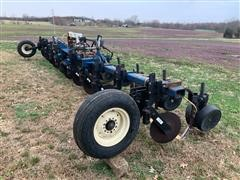 1992 Blu-Jet BJ Series 11-Shank Anhydrous Applicator