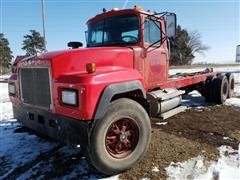 1997 Mack RD690S T/A Cab & Chassis