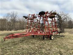 Wil-Rich 3400 32' Field Cultivator