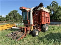 Hesston Field Queen 7655 Dump Box Chopper