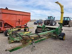 John Deere 3970 Forage Harvester W/3 Row Head