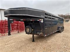 "2006 Titan 6'8"" X 28' Tri/A Classic Gooseneck Livestock Trailer"