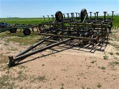 John Deere Pull Type Field Cultivator