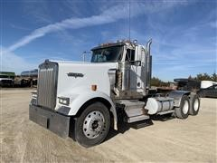 2003 Kenworth W900 T/A Truck Tractor