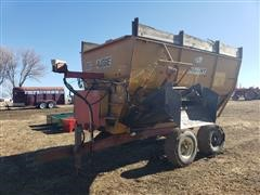 Knight Big Auggie Mixing Feeder Wagon