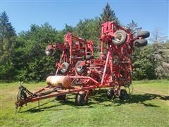 Wil-Rich 5800 60' Chisel Plow