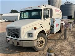 2002 Freightliner FL70 S/A Propane Delivery Truck