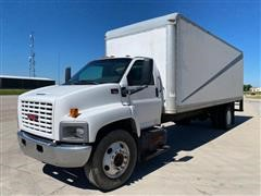 2005 GMC C7500 S/A Van Truck