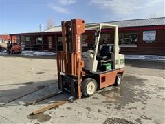 Nissan CH02A25PV Forklift
