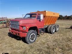1984 Ford F800 T/A Dry Fertilizer Spreader Truck