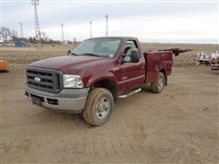 2005 Ford F350XL Super Duty 4x4 Utility Pickup