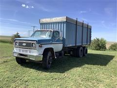 1977 Chevrolet C65 T/A Grain Truck W/Hoist