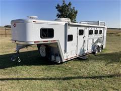 2001 Hart 3 Horse Deluxe Slant Stall 21' T/A Livestock Trailer W/Living Quarters