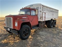 1975 International LoadStar 1800 T/A Grain Truck