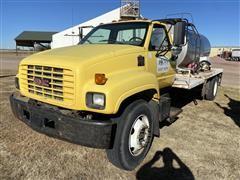 2002 GMC C6500 S/A Tender Truck