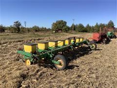 John Deere 7100 8R38 Planter
