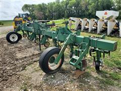 Farmhand 6R36 Crop Cultivator