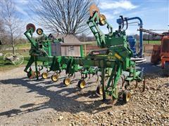 John Deere 875 Row Cultivator