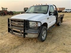 2005 Ford F350 Super Duty 4x4 Flatbed Pickup W/bale Bed