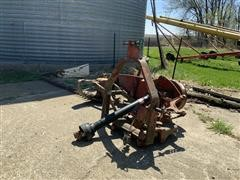 International 1300 Mounted Sickle Mower