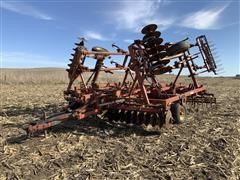 Krause 3100-24 Soil Finisher