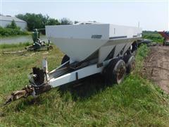 Willmar 600 Dry Fertilizer Spreader
