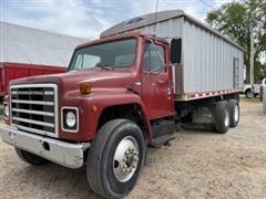 1979 International 1854 T/A Grain Truck