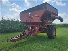 Brent 570 Grain Cart