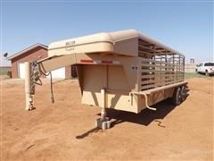 2013 Bruton 20' Easy Pull T/A Gooseneck Livestock Trailer