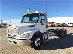 2005 Freightliner Business Class M2 T/A Cab & Chassis