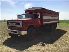 1978 Chevrolet C65 Scottsdale T/A Grain Truck