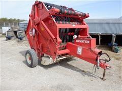 Hesston 5500 5'x5' Round Baler