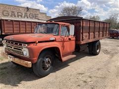 1966 Ford 600 Grain Truck