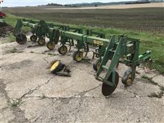 John Deere 825 Row Cultivator