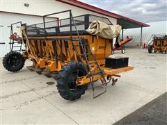 Logan PB8A05 6 Row Potato Planter