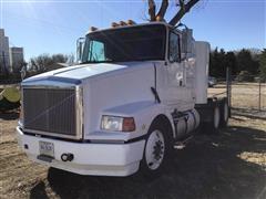1993 White/GMC/Volvo WIA64T T/A Truck Tractor