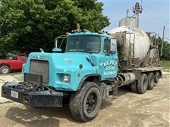 1990 Mack DM690S Tri/A Concrete Transit Mixer Truck