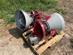 DMC 996 Bin Level Spinning Grain Spreaders