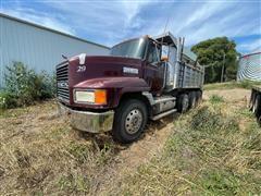1996 Mack CH613 Tri/A Dump Truck